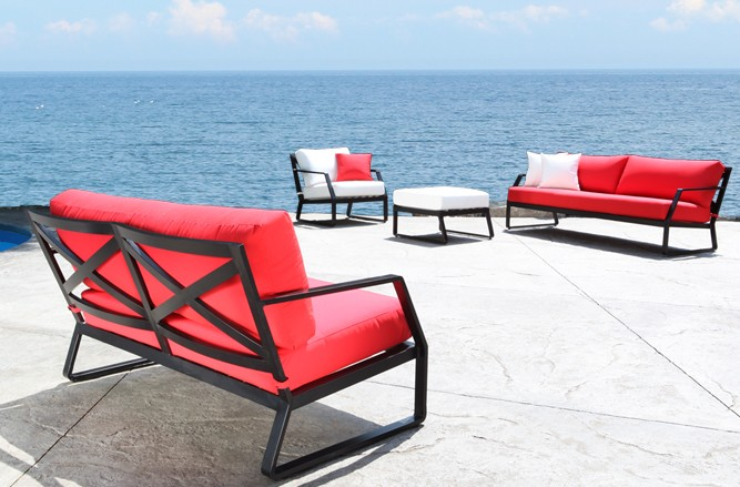 Edge Seating Cast Aluminum Patio Furniture