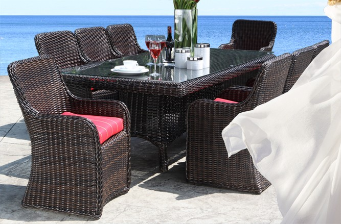 Outdoor Wicker Patio Furniture - Alps Dining Table with a Luxury Design