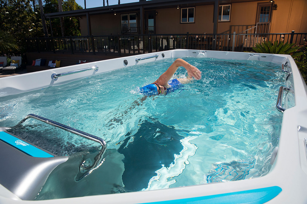 Endless Pools 174 E550 Fitness System Hotspring Fantasy